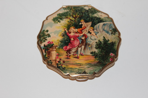 Gold Strafford Compact with Lovers and Cherubs