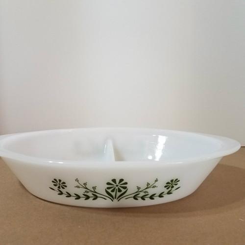 Vintage Glasbake J2352 Divided Casserole Dish Green Daisy Pattern