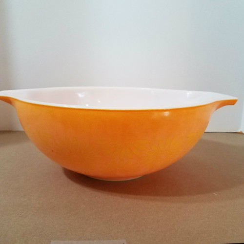 Vintage Pyrex 444 4 QT Orange Daisy Mixing Bowl