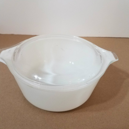 Vintage Pyrex 472 1 1/2 QT Clear and White Covered Casserole Dish