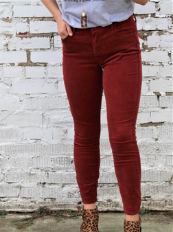 Nothing Says Fall like falling leaves and of course Corduroy !  These Syrah Corduroy Crop Skinny jeans in this gorgeous crimson red color will be a hit in your fall attire.  Zipper Fly, 5 pocket design, cropped, skinny, jeans Mid Rise