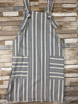 Cali Overall Dress This dress is so cute and has the most handy pockets! Super cute for any occasion.
