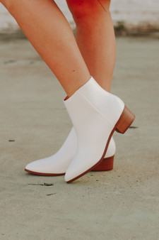 julianne booties  - the perfect little white booties with a small heel
