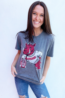 Distressed Hog Leaning on Jukebox on a super soft tee! Very comfortable material!