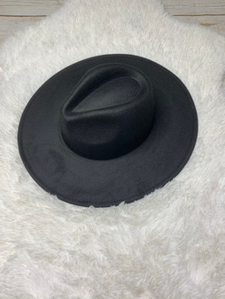 Lilli Felt Hat - comes in black and grey and will go with every outfit imaginable!