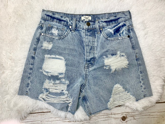 Nikki Demin Shorts - Flirty distressed denim shorts in a light wash color!