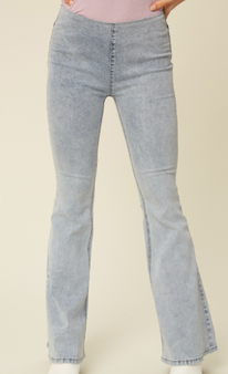 Cailyn Flare Jeans   - Stretch high rise flare denim pants  - Comfort stretch denim fabric  - High rise with elastic band on waist  - Patch pockets on back