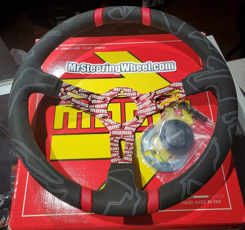 MOMO Ultra red steering wheel