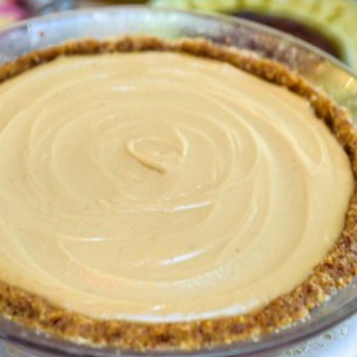 Classic Cashew Cheesecake with Almond Crust