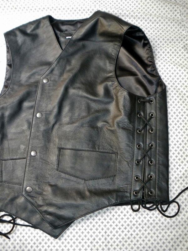 Leather vest 732 www.leather-shop.biz side image with lace option