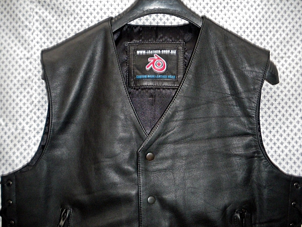 Leather Vest Style MLV740 no seams WWW.LEATHER-SHOP.BIZ collar pic