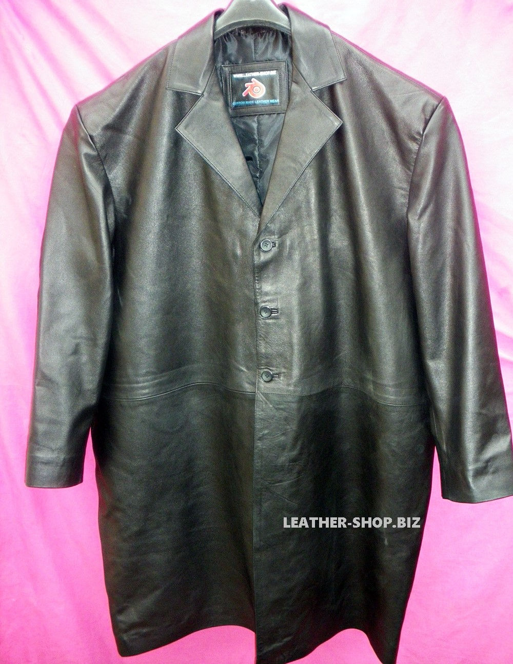 leather-long-coat-custom-made-style-mlc542-www.leather-shop.biz-front-of-coat-pic.jpg
