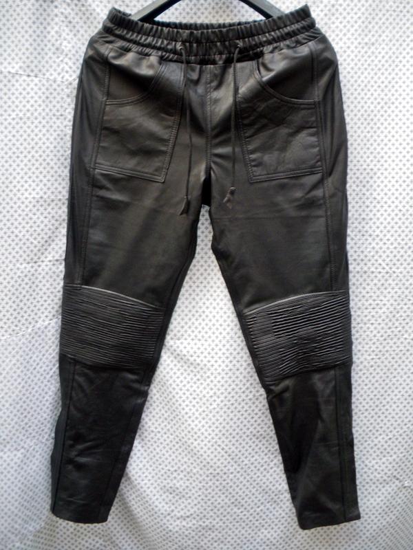 mens-lambskin-leather-sweat-pants-style-lsp040-justin-bieber-replica-custom-made-www.leather-shop.biz-front-pic.jpg