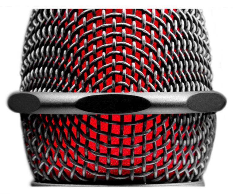 sE Electronics V7 Supercardioid Dynamic Handheld Vocal Microphone