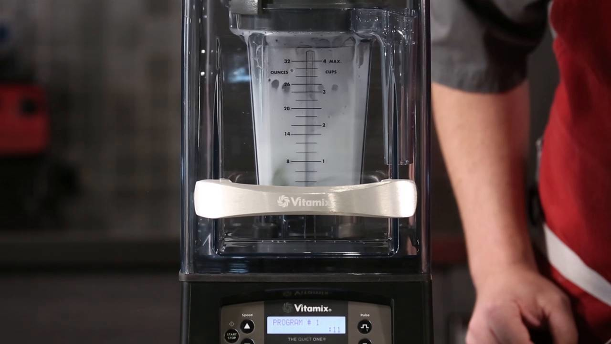 Video Overview   Vitamix Aerating Container Mojito Recipe