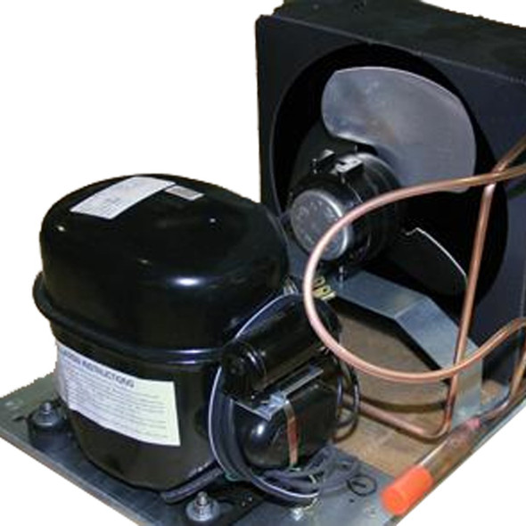 Side view of True 992734 (replaces 874549) complete condensing unit.