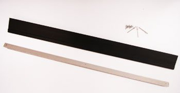 Image of all parts in the True 872401 rail lid kit