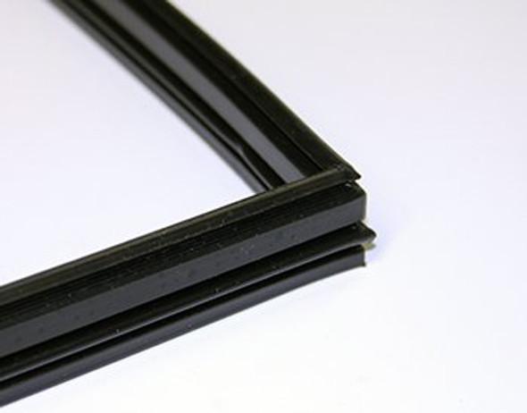 Image of the True 810717 bottom door gasket