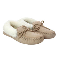 Women's Moccasin Slippers With A Soft Sole