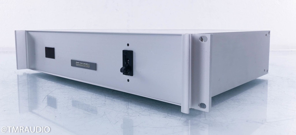 Foundation Seven Outlet Power Conditioner w/ Voltage Display; Rack Mount