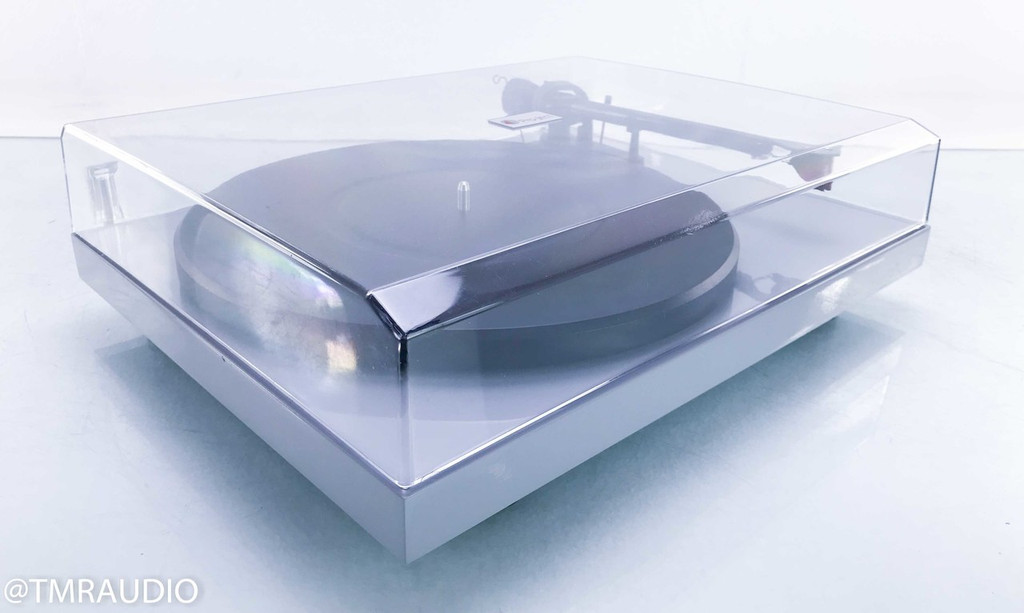 Pro-Ject Debut Carbon Turntable; Ortofon Red Cartridge; Phono Box Preamplifier