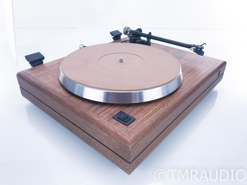 Teledyne Acoustic Research The AR Turntable