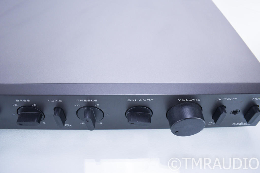 Audiolab 8000C Vintage Stereo Preamplifier; 8000-C; MM / MC Phono