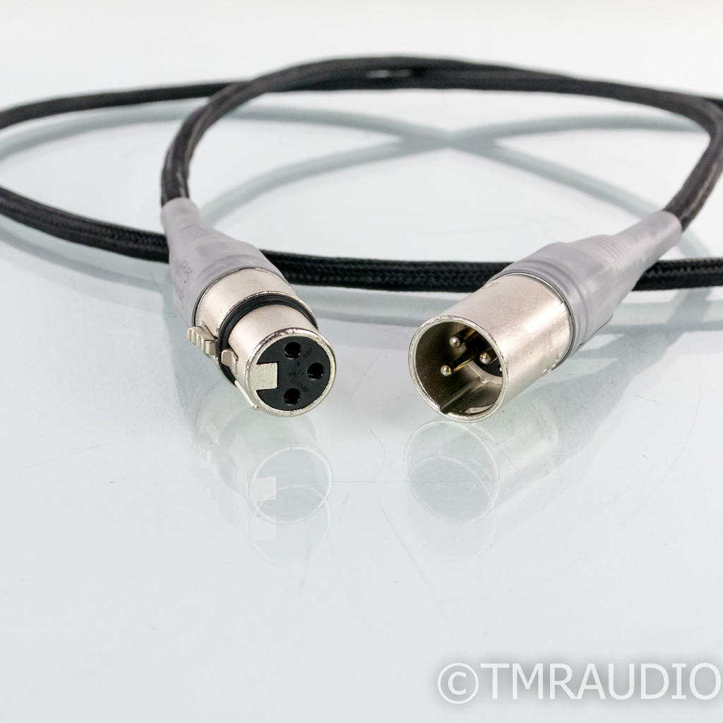 Ayre Signature XLR Cables; 1.5m Pair Balanced Interconnects (1/6)