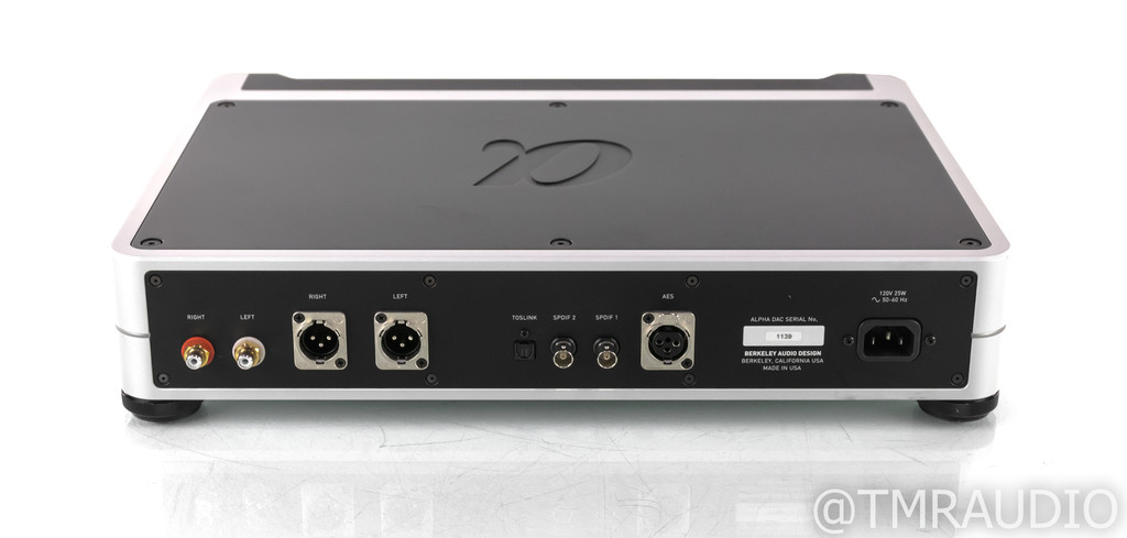 Berkeley Audio Design Alpha Reference Series 1 DAC; D/A Converter; Remote
