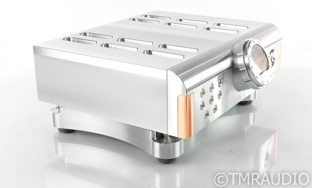 Dan D'Agostino Momentum HD Stereo Preamplifier; Remote