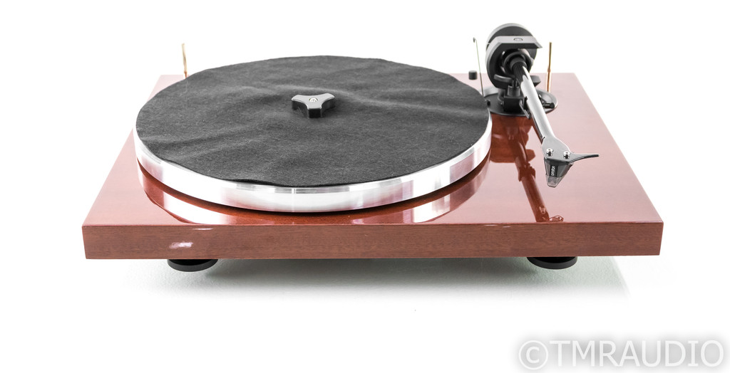 Pro-Ject 1Xpresssion Carbon Classic Turntable; Mahogany; 2M Silver