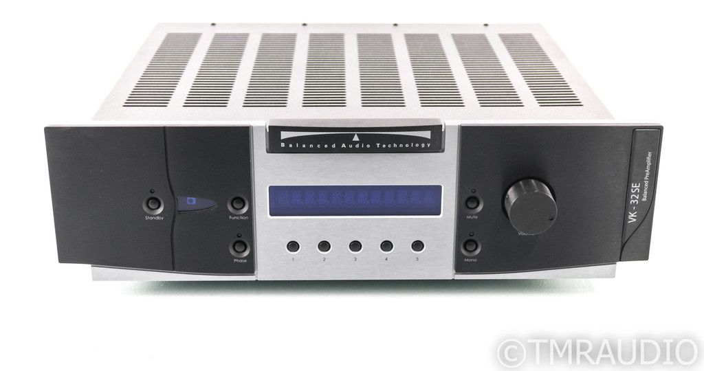 BAT VK-32 SE Stereo Tube Preamplifier; VK32SE; Low Tube Hours (No Remote)