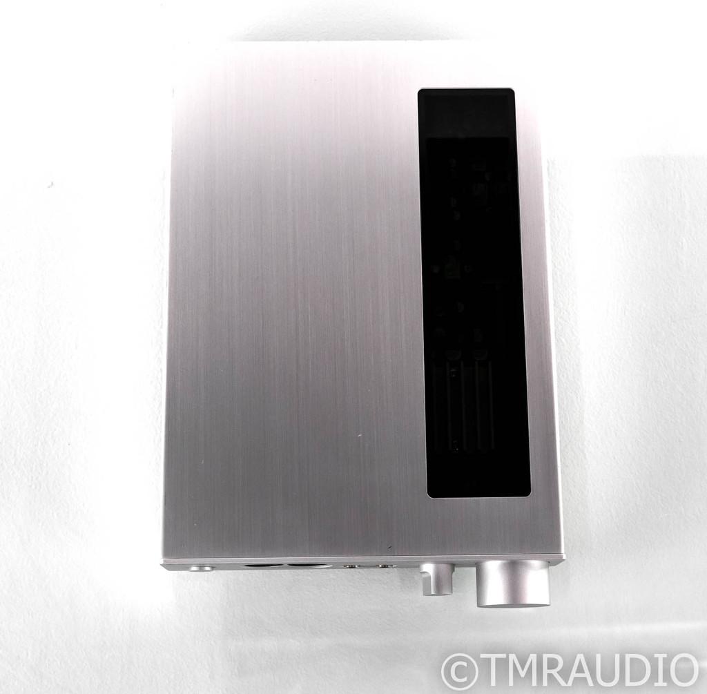 Sennheiser HDVD 800 Headphone Amplifier; HDVD800