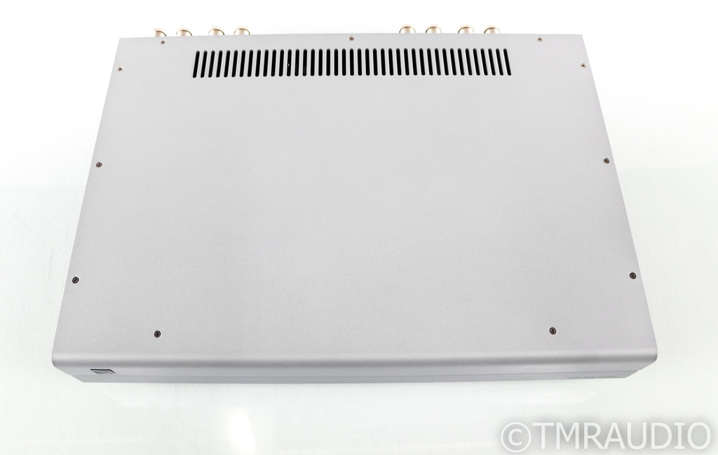 PS Audio Stellar S300 Stereo Power Amplifier; Silver; S-300 (Used)
