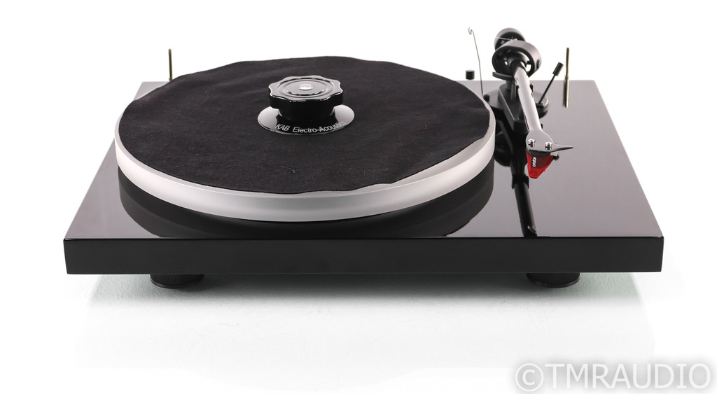 Pro-Ject Debut Carbon Belt Drive Turntable; Ortofon 2M Red Cartridge (1/4)