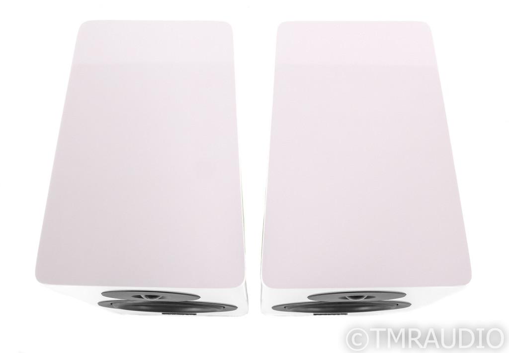 Dynaudio Evoke 20 Bookshelf Speakers; Gloss White Pair