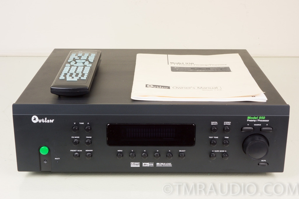 Outlaw Model 950 7 1 Home Theater Preamp / Processor in Factory Box