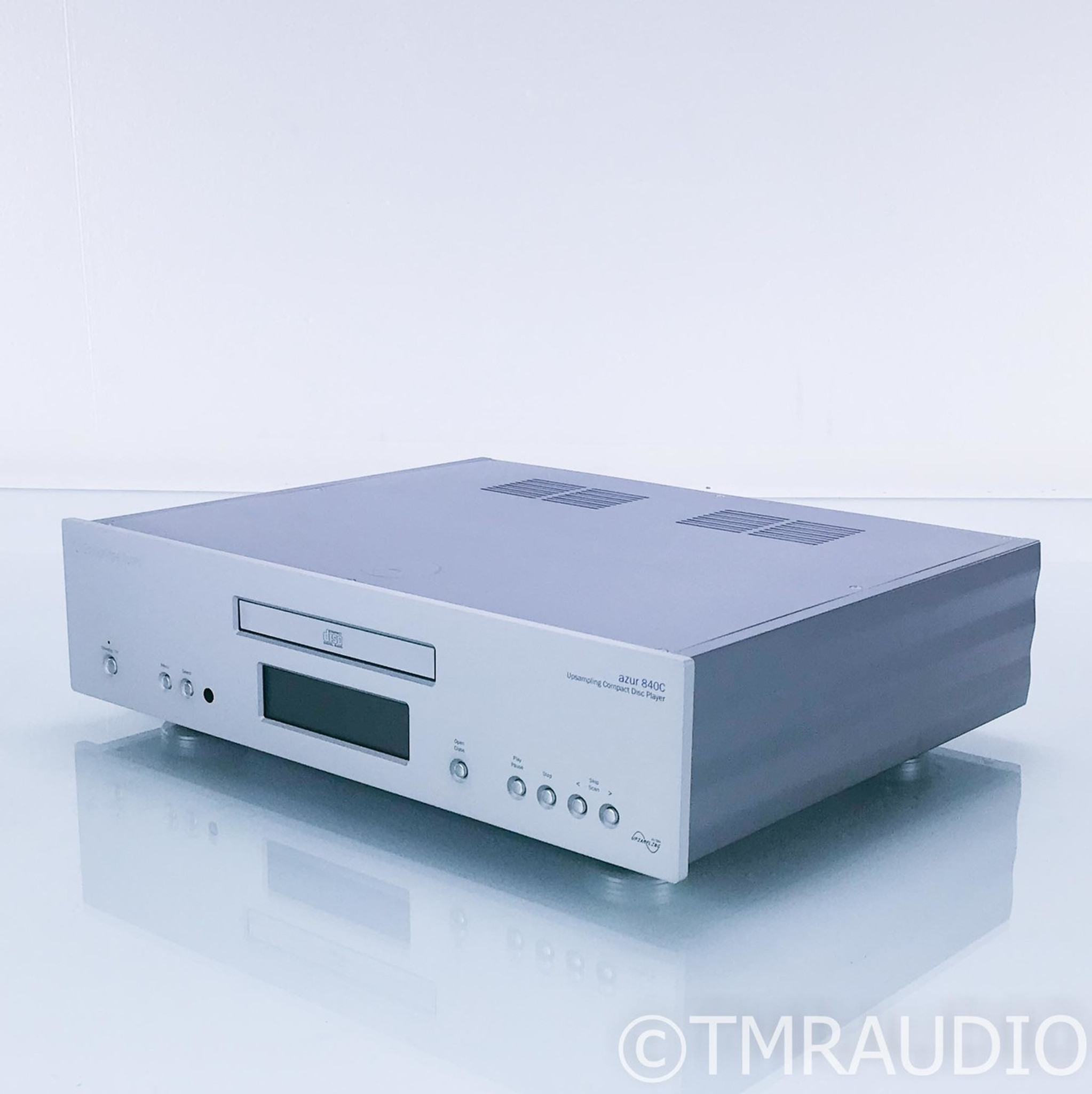 Cambridge Azur 840C Upsampling CD Player