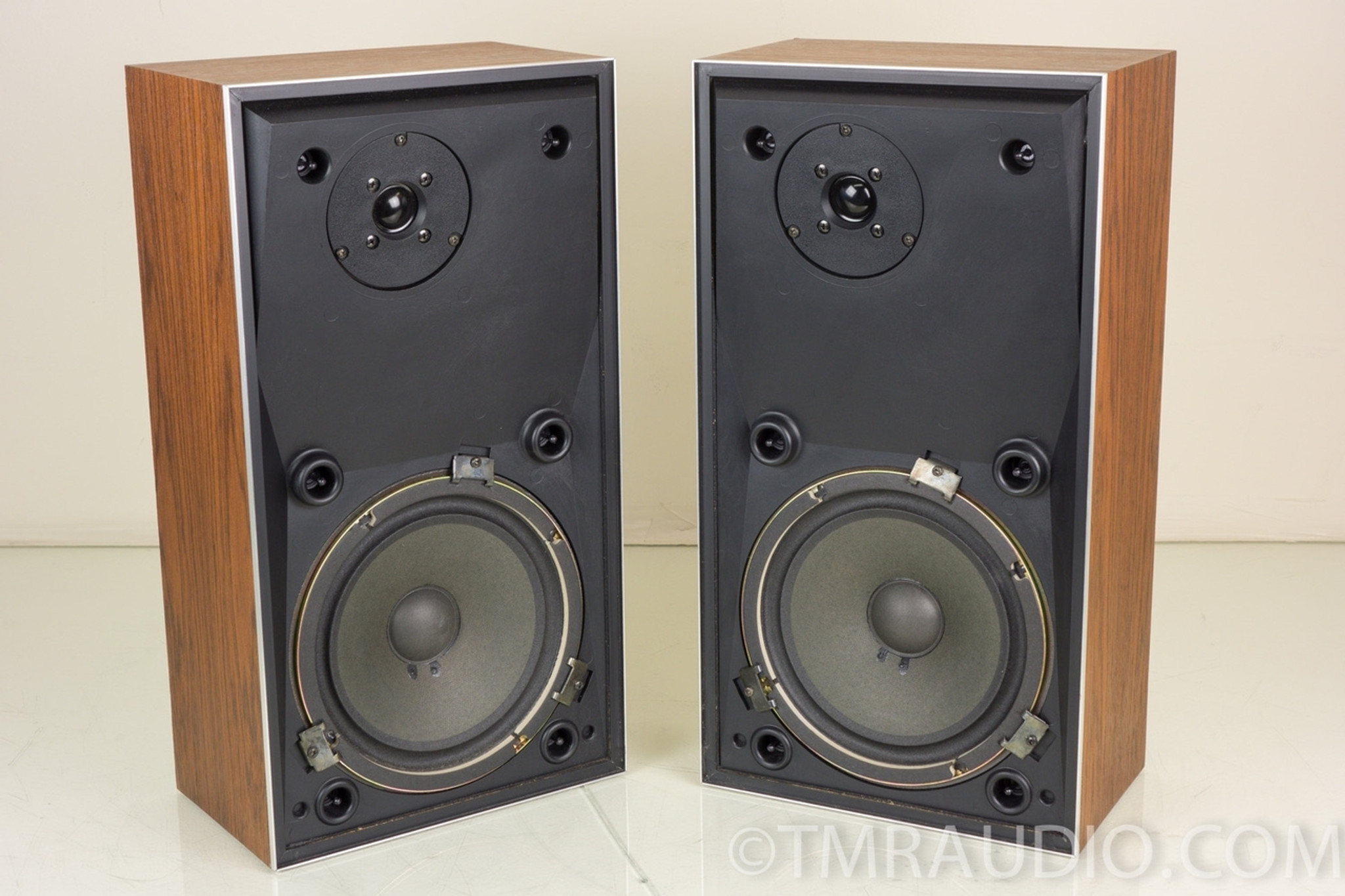 Bang Olufsen Beovox S30 B O Speakers The Music Room