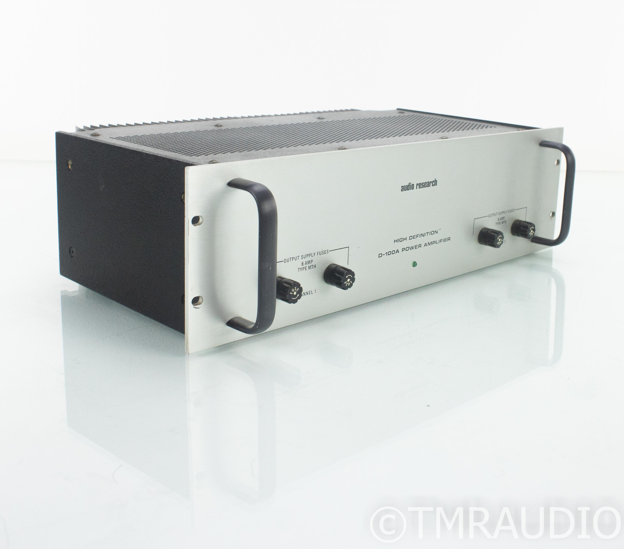 Audio Research D-100A Stereo Power Amplifier; D100A on fuse box art, fuse world, fuse demo review,