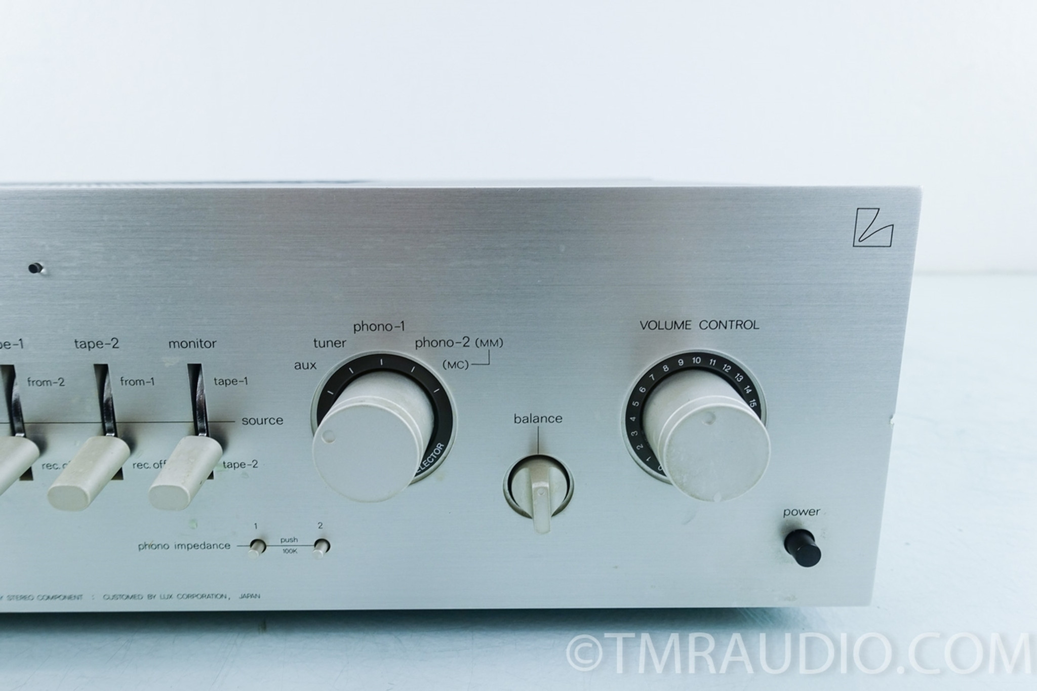 Luxman L-11 Vintage Integrated Amplifier