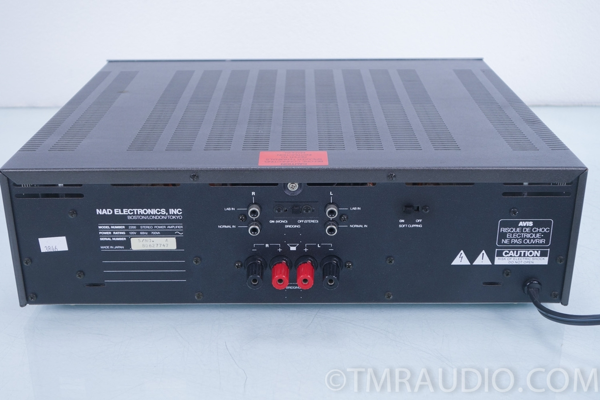 NAD 2200 Stereo Power Amplifier