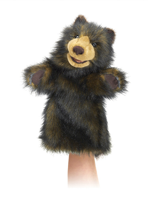 Put on a show with this charismatic Bear stage puppet from Folkmanis made with Polyester fibre and polyurethane foam.