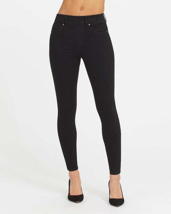 Clean Black Skinny Jeans