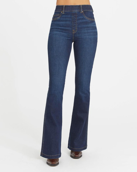 Flare Jeans in Midnight Shade