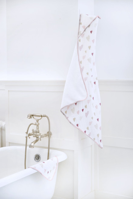 Muslin-Backed Hooded Towel Set - Heartbreaker