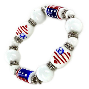 Painted USA  Heart Flag Glass Beaded Stretch Bracelet (IUP08-3)