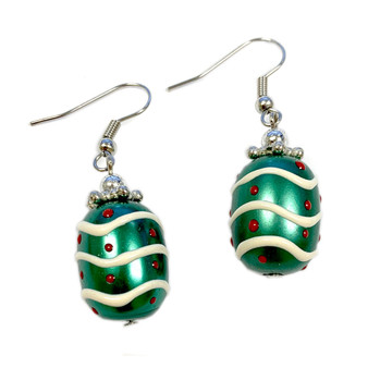Painted Christmas Ornament Pearl Green Glass Beads Earrings (E-16)