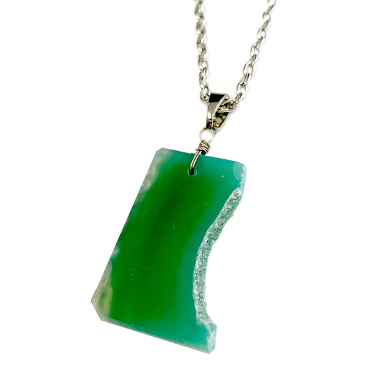 "Sliced Agate Druzy Pendant Necklace (NE-3189) -  Green -30"" Necklace Chain"