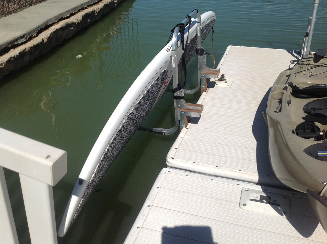 SUP storage for docks and piers
